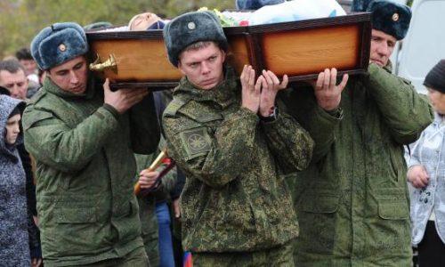 Incursore Russo infiltratosi dietro le linee nemiche s'immola nel bombardamento.
