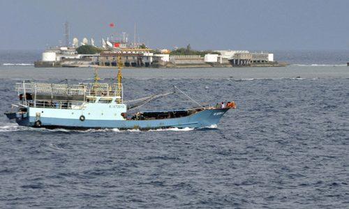 La Marina Militare Cinese intercetta una nave Statunitense nel Mar Cinese Meridionale