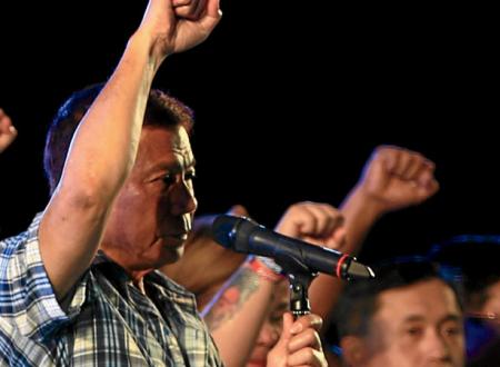 Il presidente delle Filippine Rodrigo Duterte ne ha per tutti