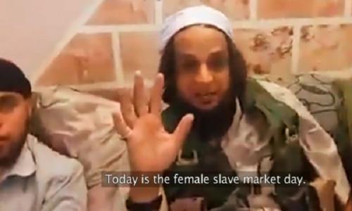 """""""Le ragazze cristiane sono esclusivamente destinate al piacere degli uomini musulmani"""""""