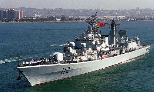 Le prime navi da guerra cinesi arrivano a Tartous in Siria