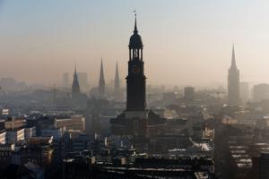 La Germania confisca le case per alloggiare i migranti