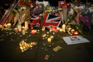 Europe Fights Back with Candles and Teddy Bears/L'Europa reagisce con le candele e gli orsacchiotti