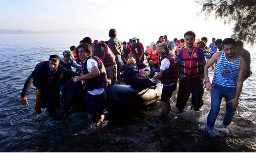 """#NGOsTraffickers Grecia: Il traffico di esseri umani dell'organizzazione """"umanitaria"""""""